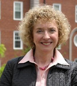 Lynda Applegate